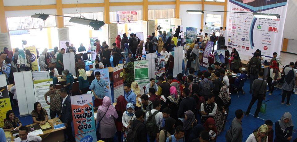 43 Perusahaan Diserbu Ribuan Pelamar Kerja di Universitas Bung Hatta Career Job Fair 2018