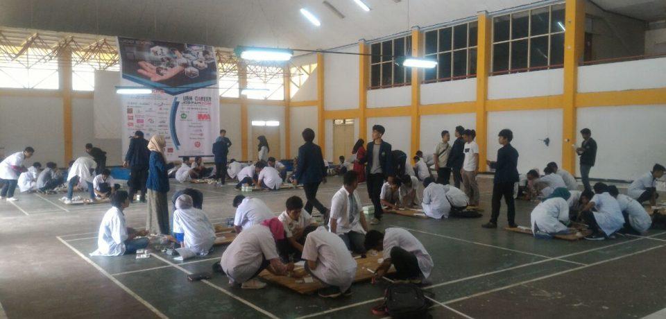 Mahasiswa Teknik Elektro Universitas Bung Hatta Dibekali Kompetensi Pemasangan Instalasi Listrik
