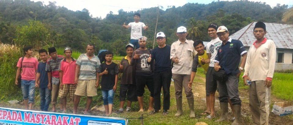 FTI Universitas Bung Hatta Resmikan PLTMH dan Adakan PKM di Ladang Laweh Sicincin