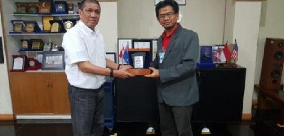 Dekan FTI, Dr. Hidayat, S.T., M.T., IPM kunjungi PT Perkakas Rekadaya Nusantara (PRN)