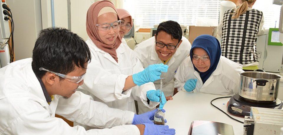 Dr. Silvi Octavia, M.T., dosen Teknik Kimia UBH Dilibatkan dalam Proyek Kolaborasi
