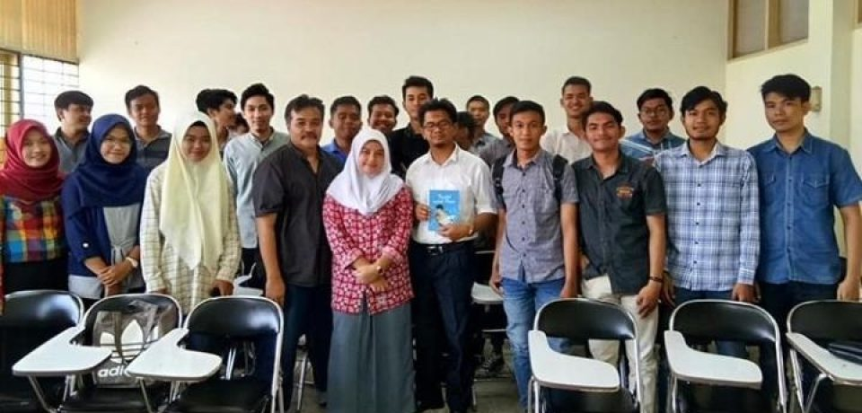 Mahasiswa FTI Masuk Bengkel Literasi