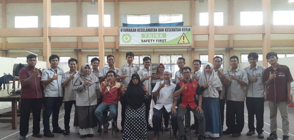"""Dosen FTI Universitas Bung Hatta Dipercaya oleh LSP-P2 BLK Padang Mengasesi """"Menuju Indonesia Kompeten"""""""