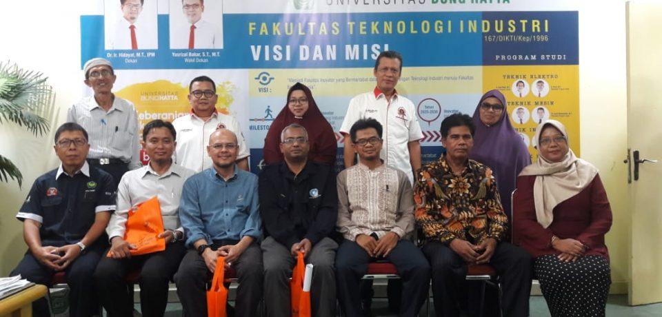 Tiga Orang Dosen Dari Universiti Malaysia Melaka (UTeM) Kunjungan Ke FTI Universitas Bung Hatta.