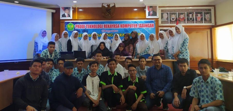 Puluhan Siswa/i Ikuti Workshop Peningkatan Softskill di Prodi TRKJ FTI Universitas Bung Hatta