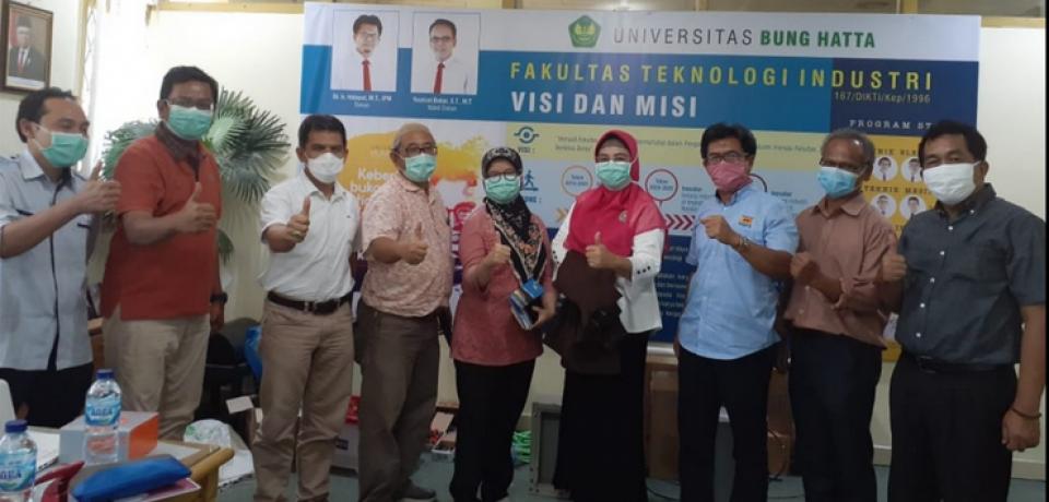 Kolaborasi Lintas Profesi: FTI Universitas Bung Hatta Bersama Dokter Ahli Paru & Anastesi Membuat Ventilator Portabel